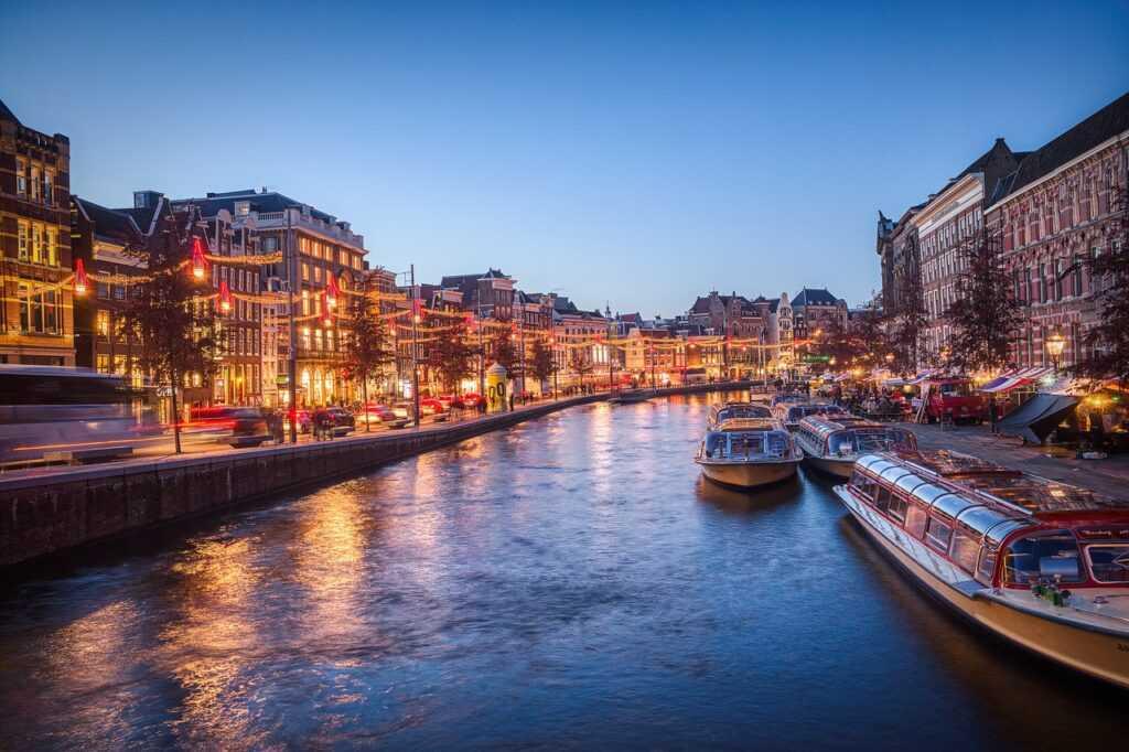 Amsterdam Hollanti